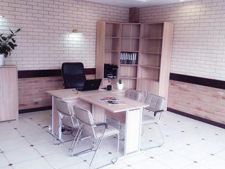 Klassimobil Orhei, specializată în intermedierea tranzacțiilor de vânzare și închiriere.