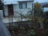 Vind sau schimb casa cu gradina ingrijita, pe apartament in Chisinau