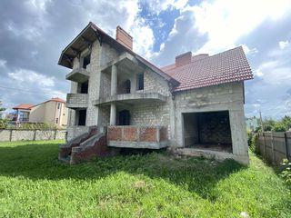Дом с  шикарным  расположением ул. Sergiu Radautanu Miorita