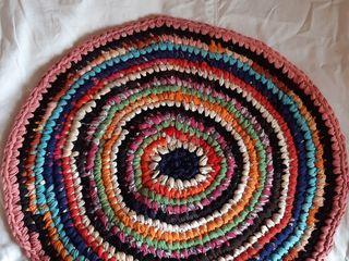 Продаются круглые коврики