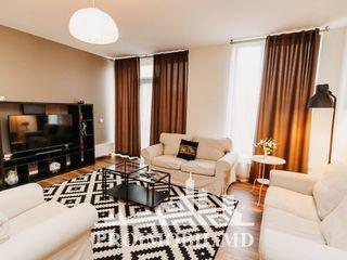 Chirie, Centru, Crown Plaza Park, 2 camere+living, 1350 euro!
