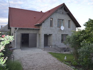 Trușeni! Casă 2 nivele - 200 m2 str. Vasile Alecsandri