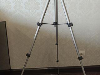 mun. Bălți, Trepied, (pentru aparate foto si video camere), 450 Lei