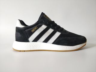 Adidas iniki black white
