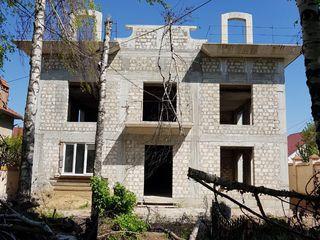 Urgent! Casa în Chișinău, Buiucani