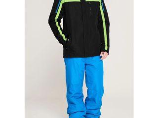Продам НОВЫЙ лыжный костюм Campri