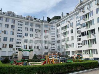 Nadejda Russo, 3 camere+living! Priveliște panoramica spre centrul orașului!