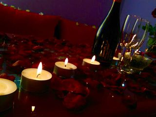 создать необычный романтический вечер 699,почасова150 lei