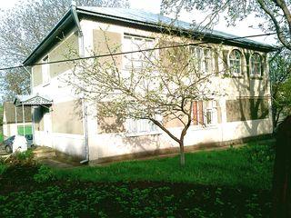 Vand casa cu 2 nivele in Orhei,sectorul Badea.