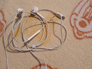 Earpods lighting