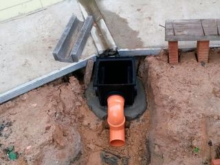 Oferim servicii de canalizare