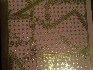 Парфюмерный набор versace bright crystal-туалетная вода+body lotion 50 евро, дезодорант-25 евро