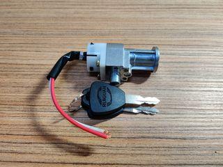 Lăcată electrică cu 2 chei pentru baterie/acumulator bicicletă/motocicletă electrică