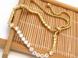 Прекрасные женские подарки! Большой выбор высококачественной бижутерии (кулоны, кольца, серьги)!