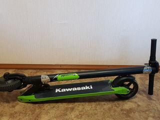 Kawasaki Kickscooter 6.5, Black-Green