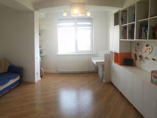 Bloc nou, 73 m2 cu reparatie sectorul Botanica, 2 camere