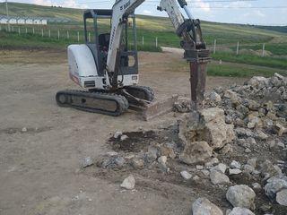 Servicii excavator
