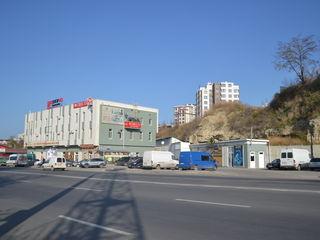Chirie pentru materiale de construcţii, teracotă, parchet ,electricitate, acoperis ,bancă comercială
