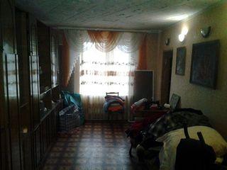 Продаю срочно 4-комн 82 м кв 23000 euro срочно квартиру Флорены