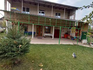Se vinde casa cu 2 nivele in Ialoveni