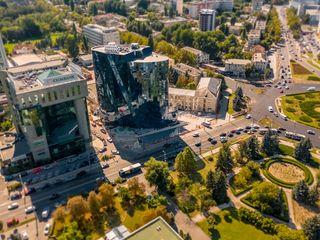 Сдаем коммерческую недвижимость 112м2 в элитном бизнес центре на Штефан чел Маре! Панорамные окна!