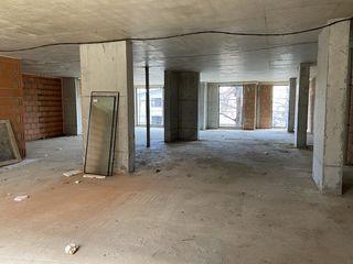 Продаем коммерческую недвижимость партер  1243м2 в центре по ул. Аврам Янку!!Застройщик!
