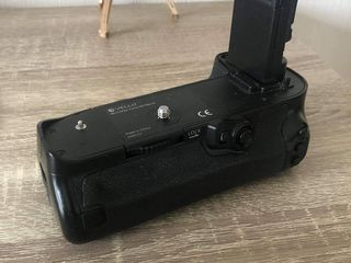 Vello Battery Grip Canon 5D Mark IV