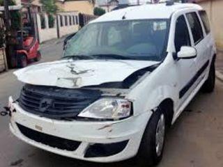 Машина после аварии по запчастям Dacia-Logan
