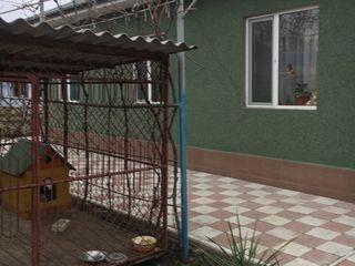 Casa de locuit in centrul orasului Riscani