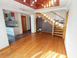 Apartament cu 4 camere 2 nivele euroreparatie Posibil si schimb