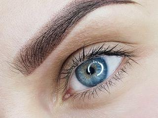Micropigmentarea sprancenilor пермантный макияж