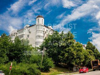 Apartament spațios în 2 nivele, str. I. Creangă, Buiucani