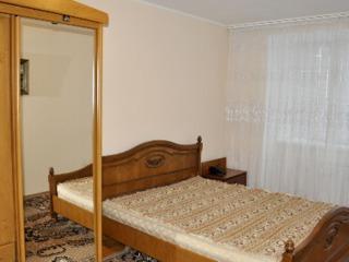 На Буюканах сдаем комфортабельную 4-комнатную,  2 спальни, автономка, можно и краткосрочно, 350 евро