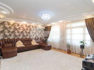 Buiucani, 3 camere, 124 mp, reparație euro, str. Ion Creangă, 98900 €