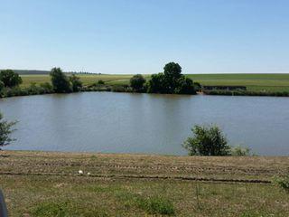 Озеро в Меренах(24км от Кишинева)!!