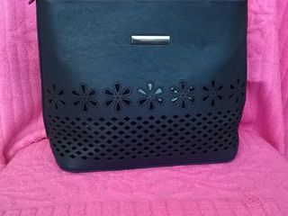 Новая сумочка темно синяя