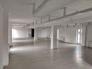 Помещение на 2 этажа в Бельцах