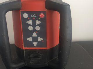 продается лазерный нивелир Hilti  PR 25 без ловушки цвет красный