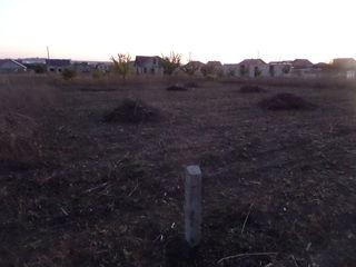 Продам земельный участок под строительство фалешты