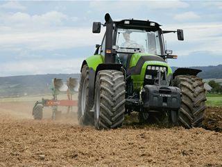 Tractor Deutz-Fahr (Дойц-Фар) Agrotron M600 (141 C.p.)