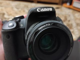 Canon 650D + 2 обьектива + вспышка