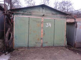 СК-4, гараж + подвал (металлические корзины, полки, электричество). (3 на 6 м) есть подвал