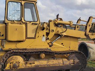 Caterpillar 951B, cu incarcator frontal