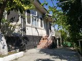 Casa de locuit in Cimislia  aproape de Centru