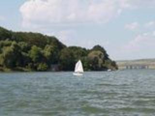 Vind teren in zona Rezidentiala Vatra! pe maulul lacului Ghidighici