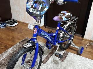 Bicicleta pentru copii nouă, de la 5 ani