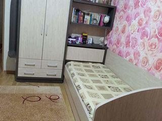 Set de pat împreună cu dulap