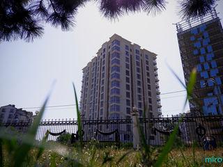 Apartament cu 2 camere + living! Centru, str. Pan Halippa!
