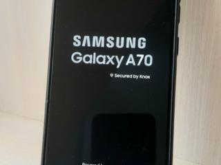 Samsung A70 6/128 GB, 3590 lei