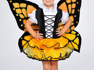 Costume de carnaval și rochii pentru copii în chiria-Детские карнавальные костюмы и платья на прокат